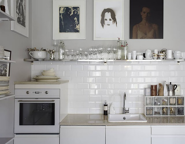 white-and-black-kitchen