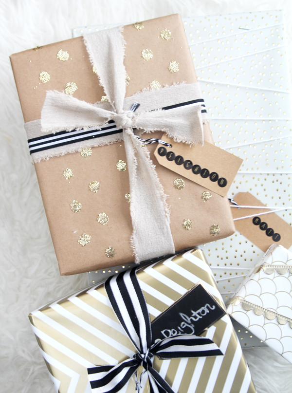 gold-confetti-dot-gift-wrap