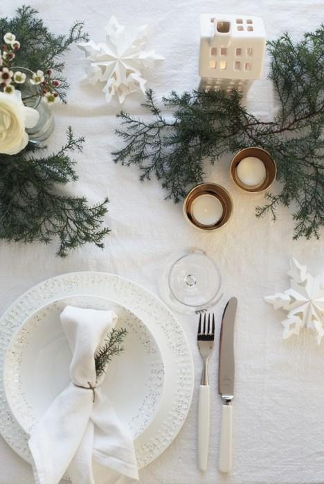 tavola-bianco-natale--468x700